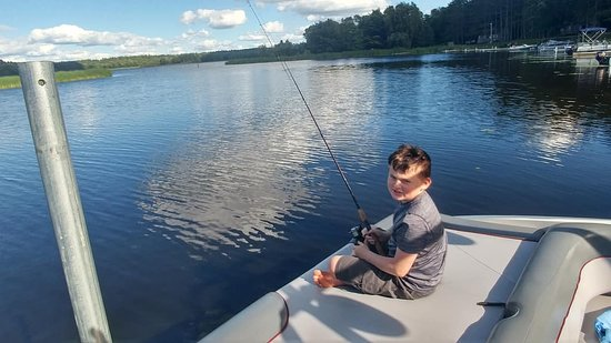 Deer River, MN: Fishing from the boat