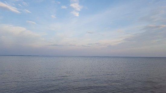 Kaarma, Estland: 20180719_212602_large.jpg