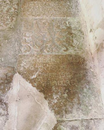 Poide, Estland: Detail of grave inscription