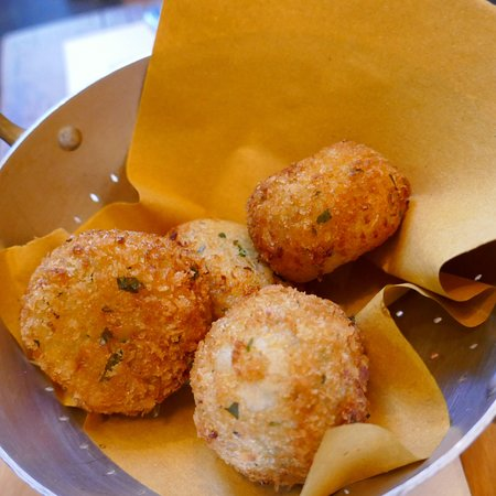 Dilla: Salted cod croquettes. Delicious!