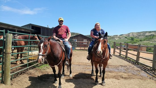 Medora Riding Stables: Back at the stables
