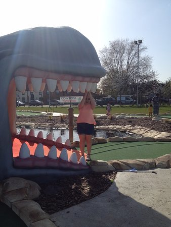 Moby Adventure Golf : Whale of a time !