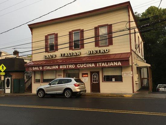 Sal's Italian Bistro in Edinburg