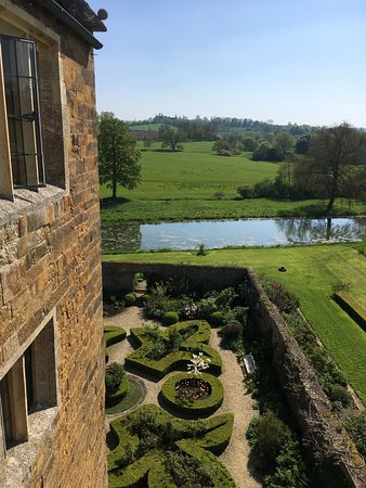 Broughton Castle Image