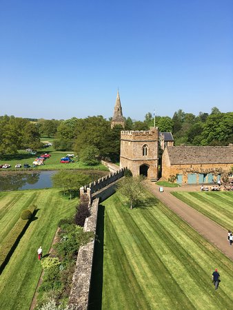 Broughton Castle Image
