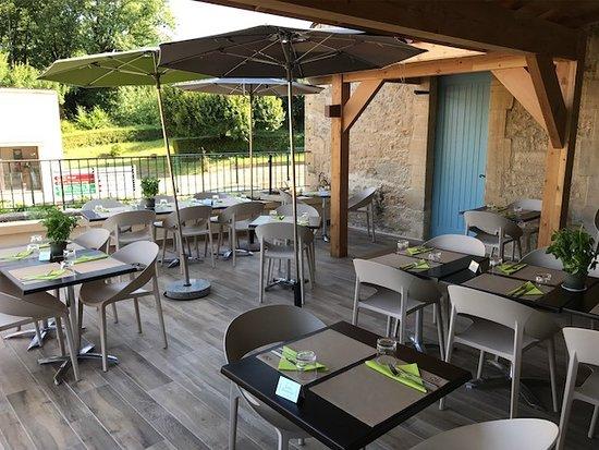 Meyrals, France: Terrasse