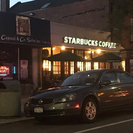 Sayville, NY: Starbucks