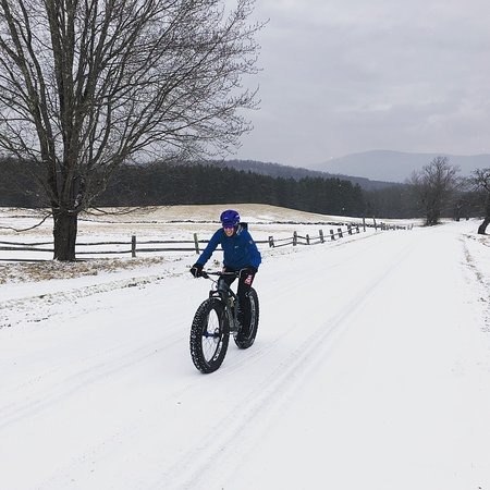 Stratton Mountain, VT: Fat biking with MTB pro Lea Davison