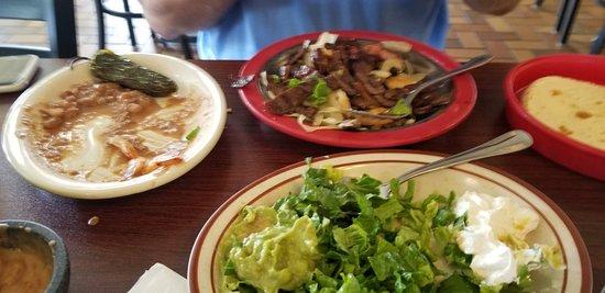 Othello, WA: Checo's Mexican Grill
