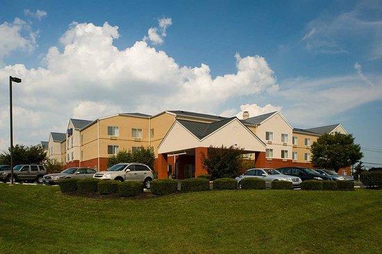 Fairfield Inn & Suites Lancaster: Exterior