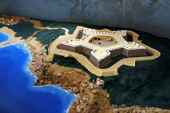 El Fuerte de San Diego: A view of the replica of the Fuerte.