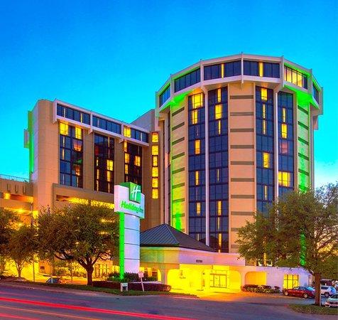 Holiday Inn Austin-Town Lake: Exterior