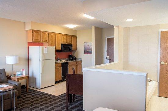 TownePlace Suites Lafayette: Suite