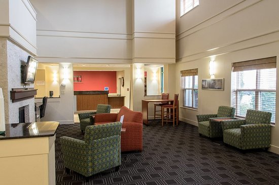 TownePlace Suites Lafayette: Lobby