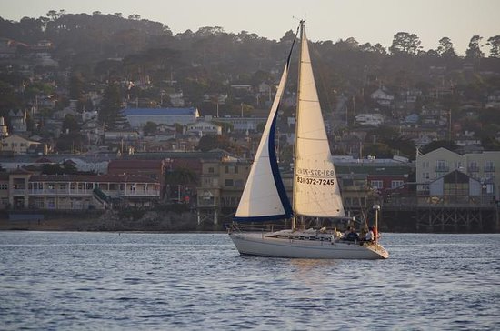 1-timers seilbåt i Monterey Bay