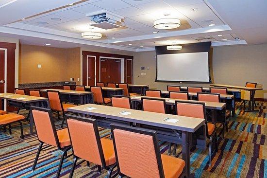 Fairfield Inn & Suites Somerset: Meeting room