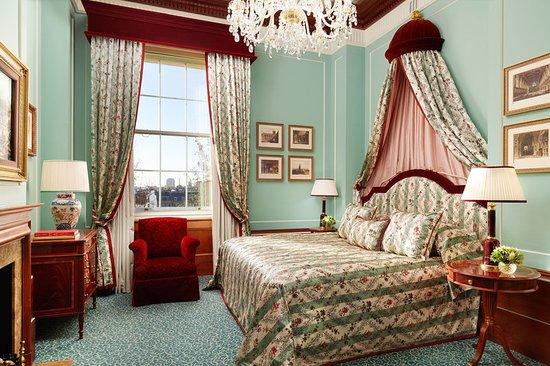 The Lanesborough: Suite