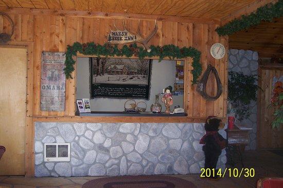 Albion, ID: Motel Front Desk