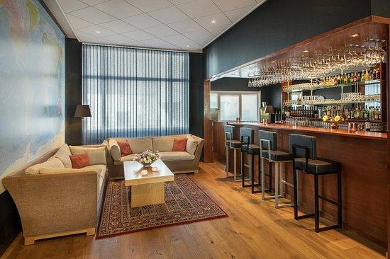 Honefoss, Norwegen: Bar/Lounge
