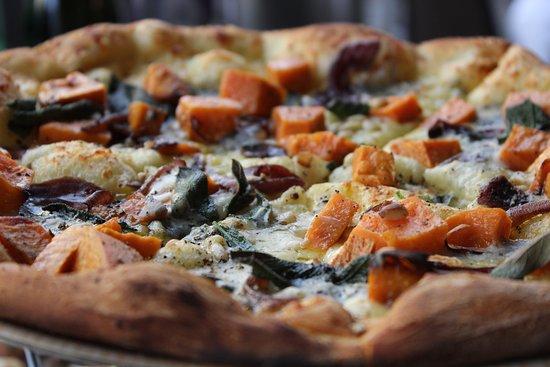 Abbotsford, Australia: Pumpkin Gorgonzola Pizza Andiamo Trattoria Best Pizza