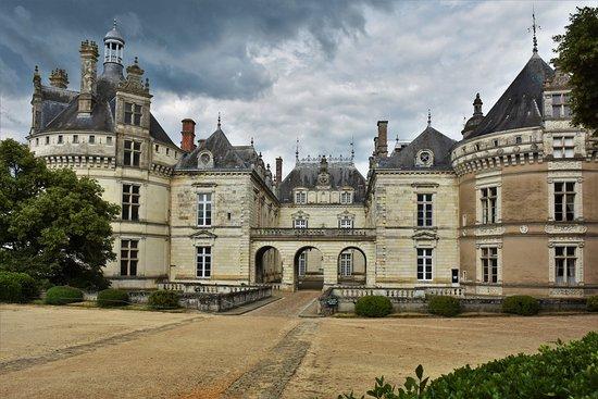 Le Lude, France: aperçu des trois différentes facades