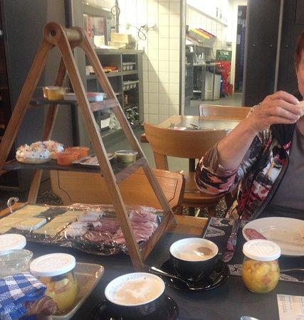 Kleine Scheidegg, Suíça: Unser Frühstücksbuffet - so guet!