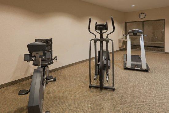 Montpelier, Ohio: Health club