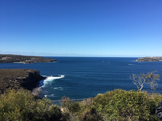 Clontarf, Australia: Scenic Lookout on the walk from Dobroyd Head to the Grotto Point Lighthouse