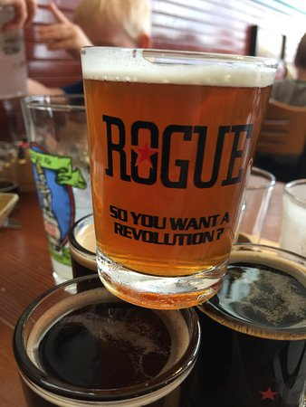 Rogue Ales Bayfront Public House : Beer