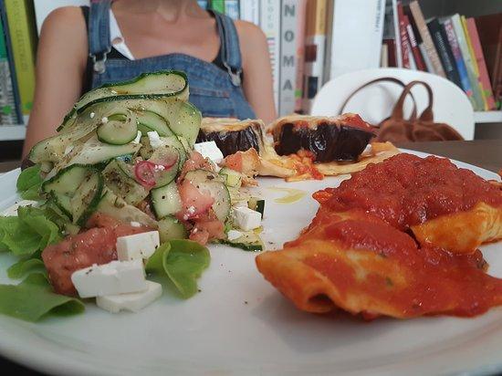 Brac: insalata, melanzane e ravioloni
