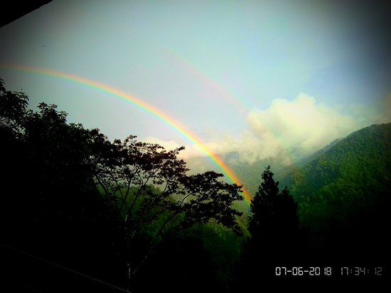 Nimachen, Indie: view of Rainbow from balcony