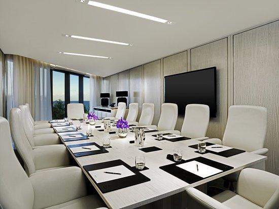 The St. Regis Bal Harbour Resort: Meeting room
