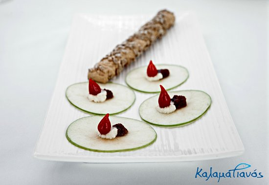 Kalamatianos Seafood Restaurant : Swordfish bottarga from Kalymnos with green apple.
