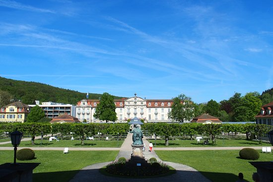 Bad Bruckenau, Germany: garden and hotel