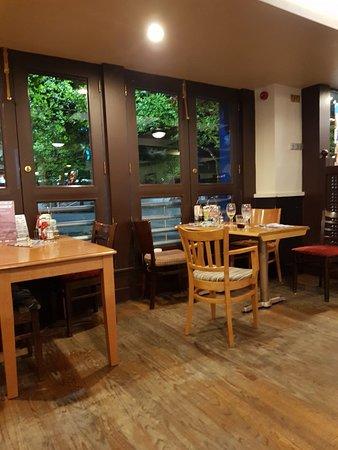 Kirkby, UK: Great pub