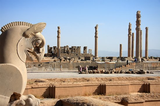 Persepolis, Iran : getlstd_property_photo