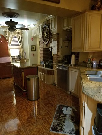 Academy Bed And Breakfast Annapolis Maryland Voir Les Tarifs Et