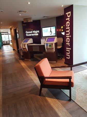 Premier Inn Leeds City Centre (Whitehall Road) hotel: Great hotel