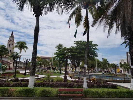 Plaza de Armas de Iquitos: 20171008_131500_large.jpg