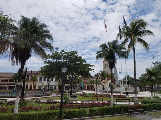 Plaza de Armas de Iquitos: 20171008_131514_large.jpg