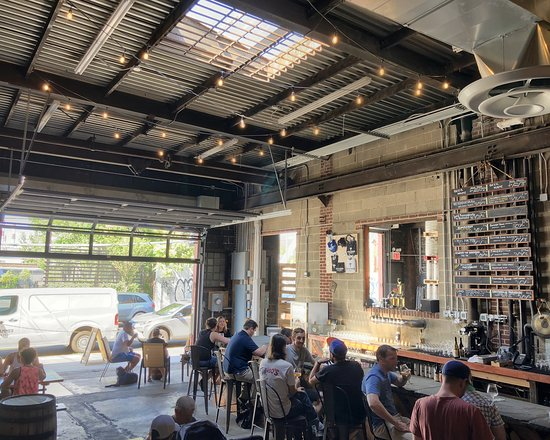 Long Island City, Estado de Nueva York: taproom