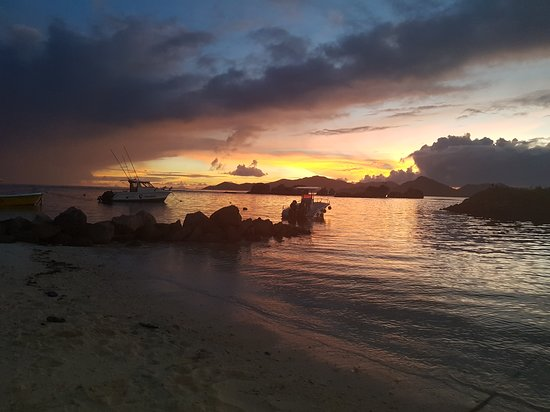 Ла-Пасс, Сейшельские острова: Snorkelling excursions, sunset cruise, big game fishing, private and romantic tour with your lov