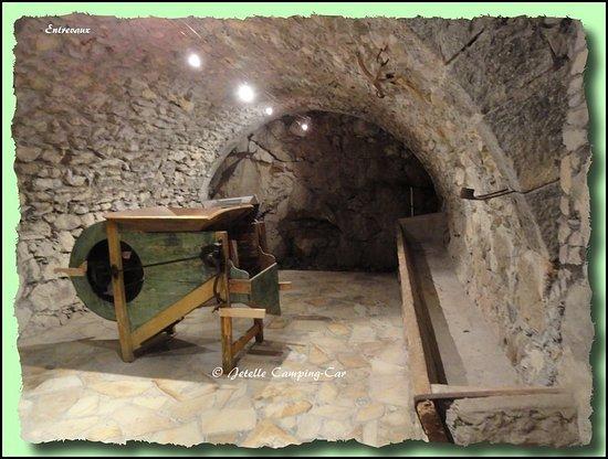 Entrevaux, Γαλλία: Un retour sur le matériel d'antan !