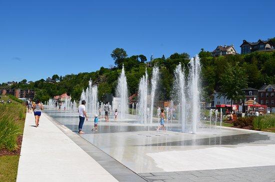 Fontaine du Quai Paquet