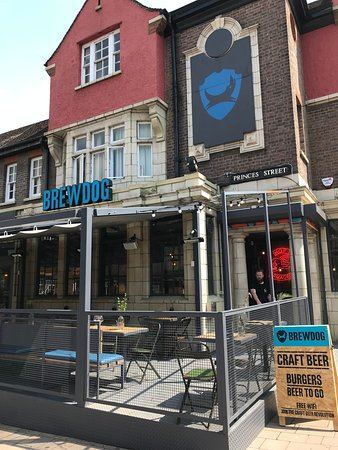 BrewDog Oxford: Exterior