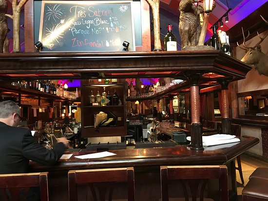 Birmingham, MI: Bar