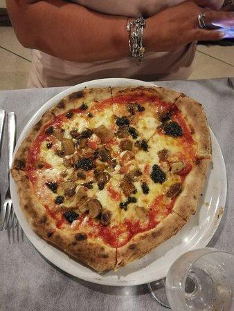 Oppido Lucano, Italy: IMG_20180720_210725_large.jpg
