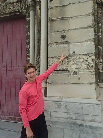 Eglise Notre-Dame: Bullet holes
