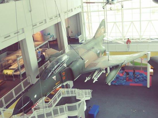 Virginia Air & Space Center 이미지