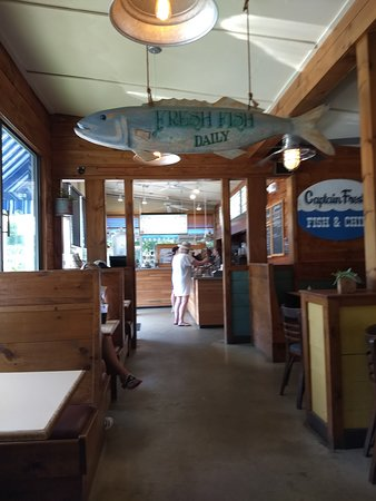 Captain Frosty's Fish & Chips: Interior
